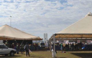 Brunelli solicita que não seja retirada a tenda do Sindicato dos Servidores Públicos que está instalada na Esplanada dos Ministérios Junior Brunelli