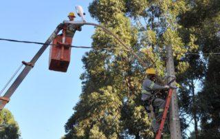 Junior Brunelli solicita a urgente iluminação nas pracinhas da QSF de Taguatinga - RA III Junior Brunelli