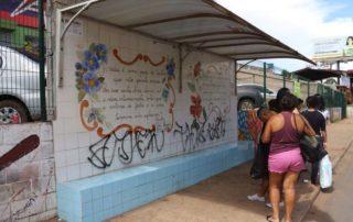 paradas de ônibus na Vicente Pires